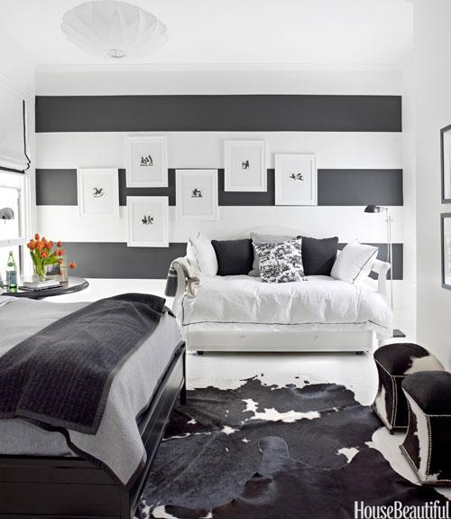 01-hbx-black-and-white-horizontal-stripes-fulk-0611-xln