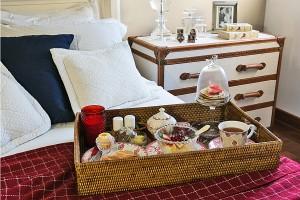 Café da manhã na cama, romântico e caprichado