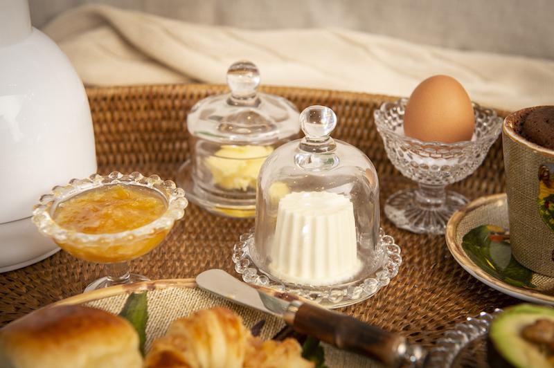 Café da manhã na cama - Mini prato com tampa Cecilia Dale