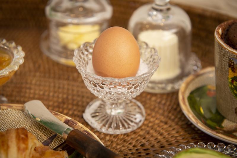 Café da manhã na cama. Mini taça de sobremesa bolinha em vidro Cecilia Dale