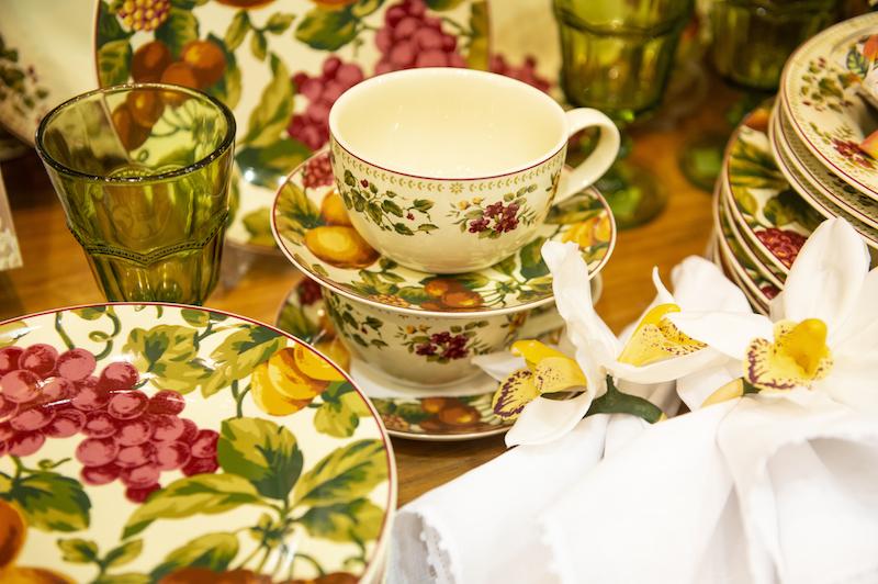Jogo de xícara de chá Fruit Paradise em porcelana - Cecilia Dale