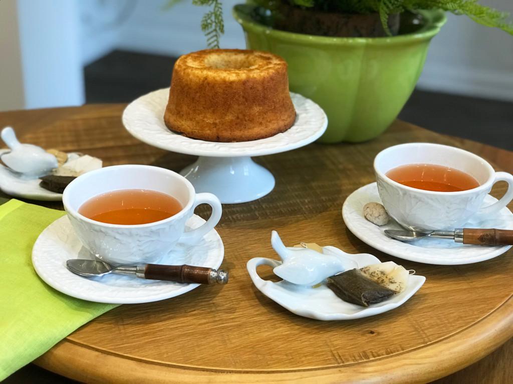 Xícara de chá e pires Hera em cerâmica - Cecilia Dale