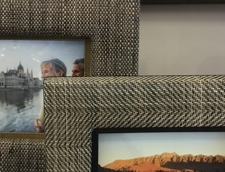 Detalhes dos porta-retratos Abaca Zig Zag, em fibra natural - Cecilia Dale